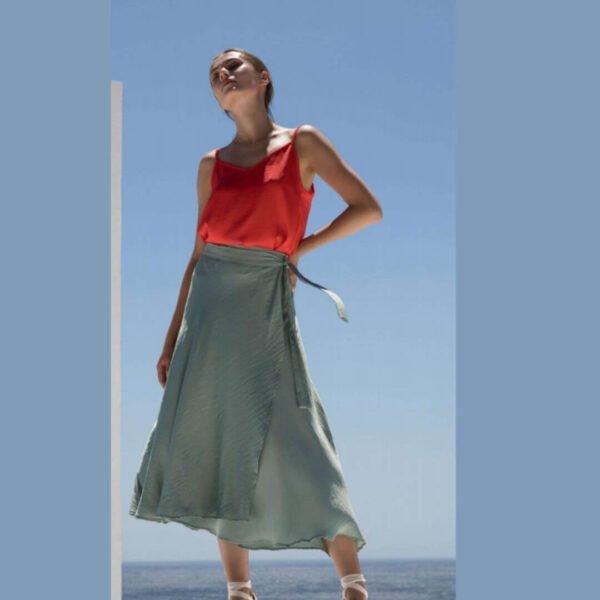 Falda cruzada de raso Moutaki