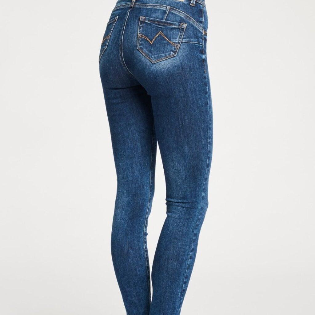 tipos de bolsillos en pantalones vaqueros